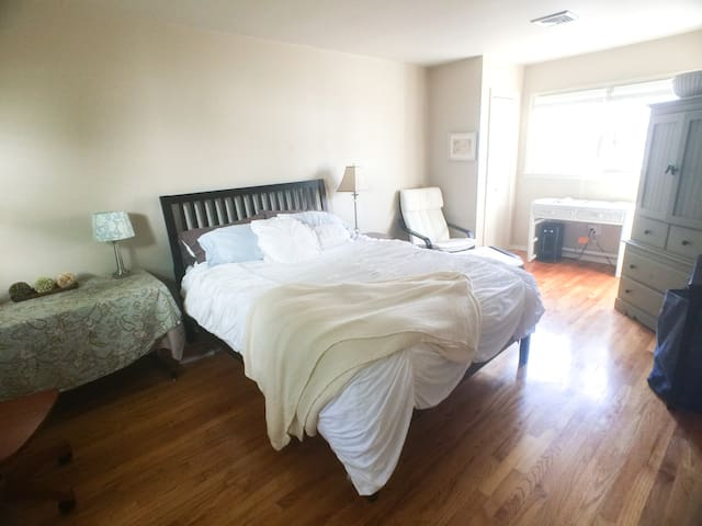 Sunny Room + Private Bath Lawrenceville Princeton - Lawrence Township - Hus