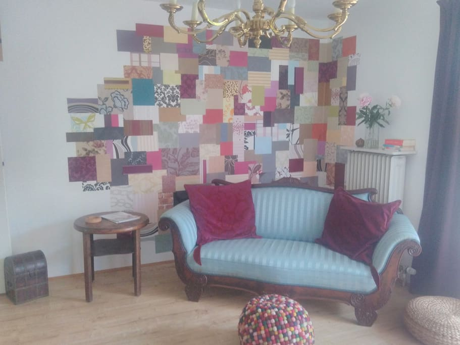 Das Sofa im Wohnzimmer
