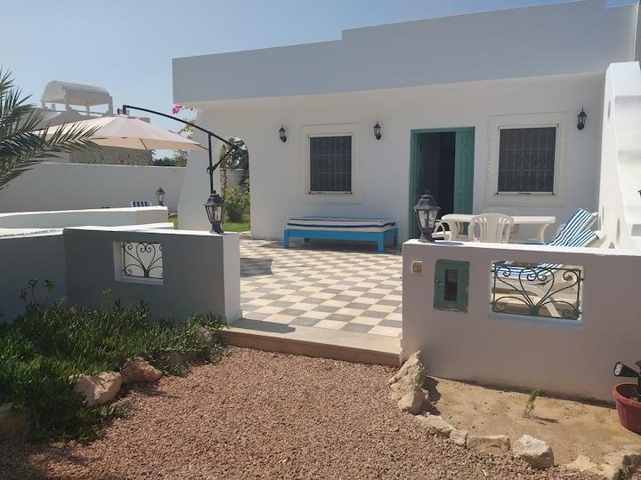 villa laurier, Tezdaine Djerba proche plage