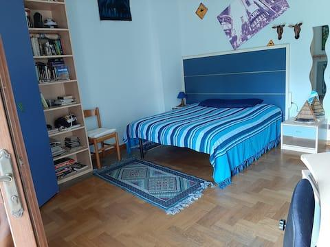 Sulla Via di Superga...stanza o stanze private