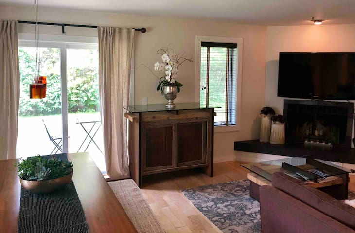 Teton condo w gym membership hot tub and pool inc