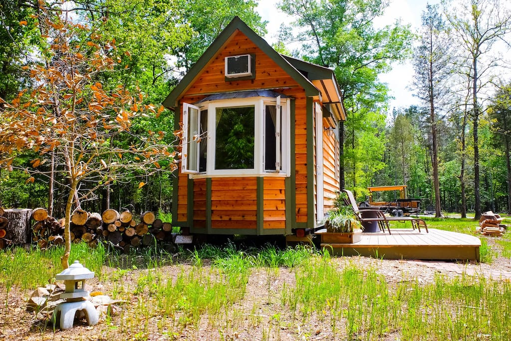 Charming tiny house in chapel hill countryside tiny for Chapel hill house
