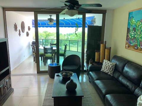 Apartamento con vista al mar en Playa Blanca!