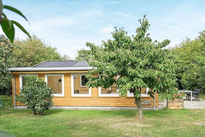 Casa de vacaciones moderna en Hasle con un gran jardín