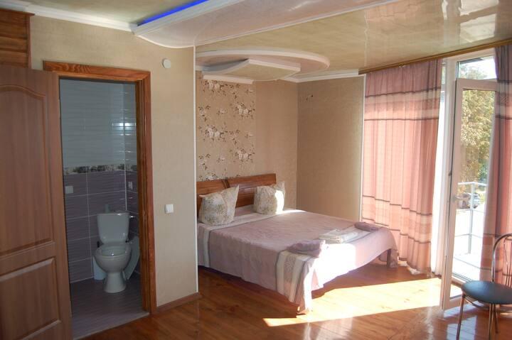 Beige Room 20