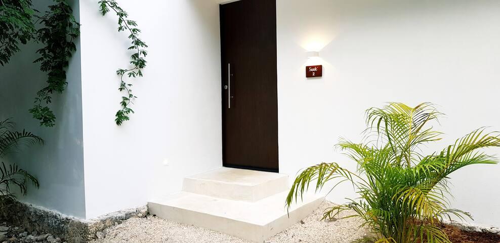 Private entrance jungle deluxe villa
