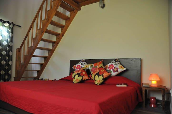 The Calm Cottages - Nainital - Aamiaismajoitus