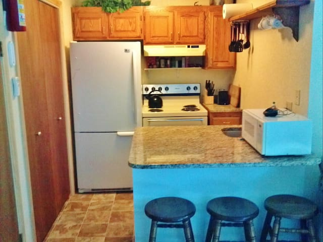 Convenient 2BR Eagle Point Condo - Beaver