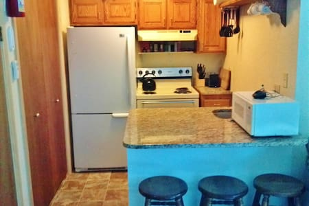 Convenient 2BR Eagle Point Condo - Beaver - Condominium