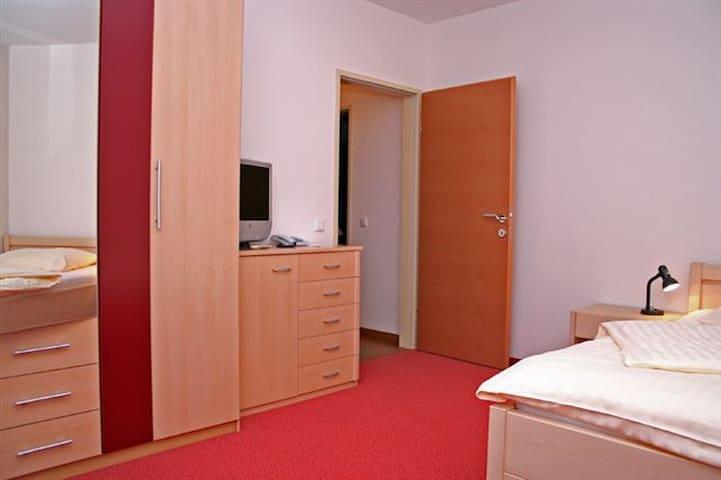 Hotel Deininger (Fischamend), Helles und gemütliches Einzelzimmer (20 qm)