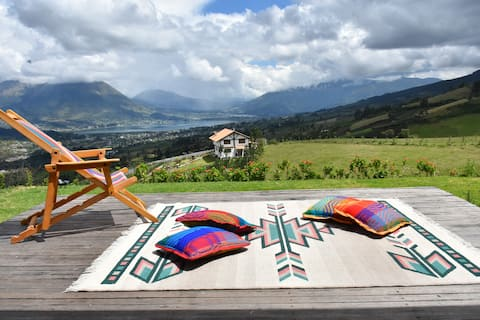 Cozy cottage 15 min from Otavalo! Beautiful views!