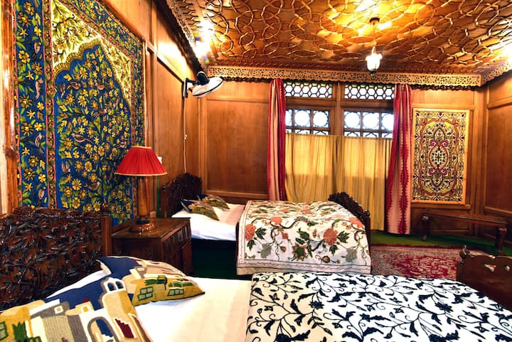 Mother Kashmir houseboats