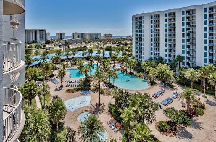 Paradise Resort w/Lagoon Pool- The Palms of Destin