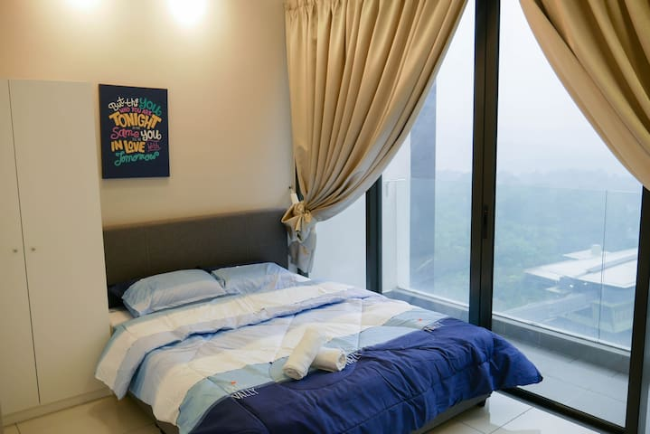 #2 Well Appointed Apartment@Dsara MRT linked