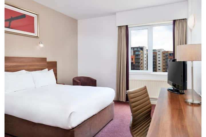 Essential and Business Travel Only: Cute And Cozy Triple Standard At Newcastle