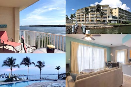Waterfront condo on top floor @ Boca Ciega Resort