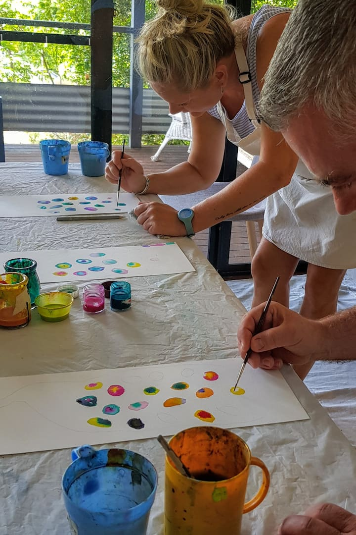 BEGINNER  artists in the HAPPY PAINTING zone