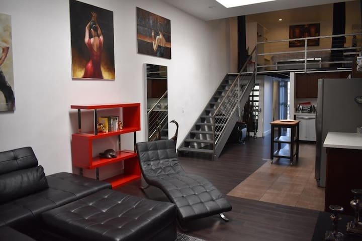 Spacious and Comfy Loft in Los Angeles!!!