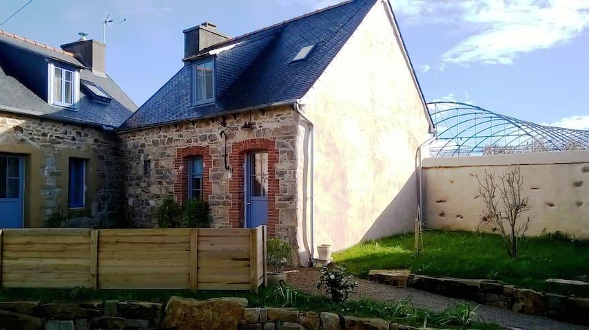 Maisonnette pour amoureux - Pleumeur-Gautier - House