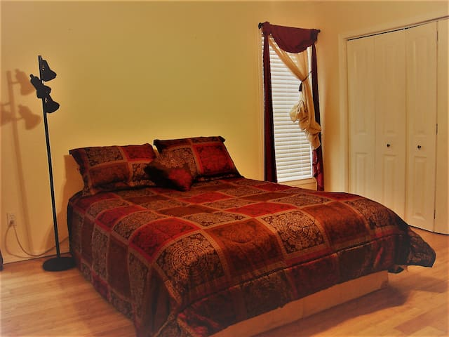 New River Gorge Guesthouse - Upper Floor - Hinton - Szoba reggelivel