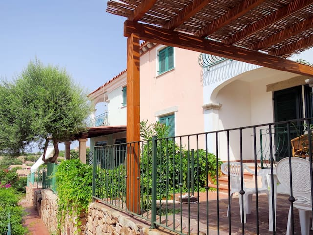 Apartment Borgo Le Logge in Budoni