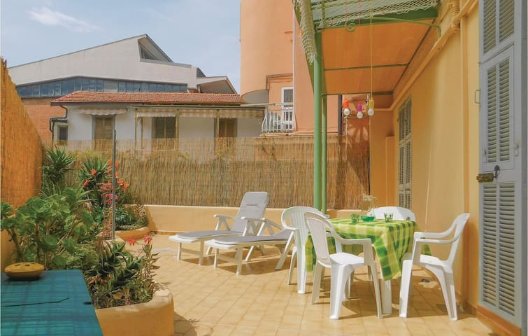 Holiday apartment with 1 room on 30m² in Sanremo