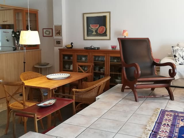 Cozy flat in Lefkas-town (surrounded by the sea)