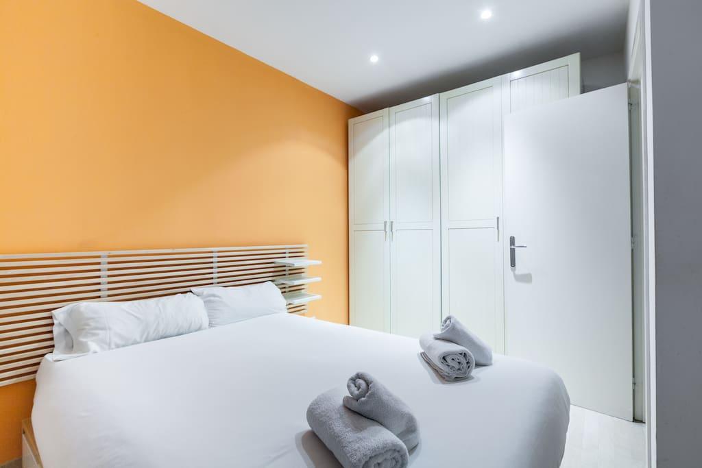 apartament ramblas barcelona x31 wohnungen zur miete in barcelona spanien. Black Bedroom Furniture Sets. Home Design Ideas