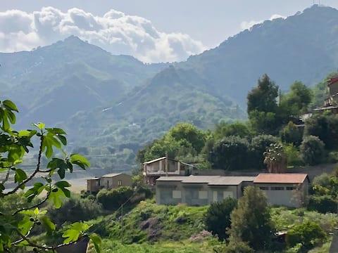 Loft with a breathtaking view on Amendolea valley