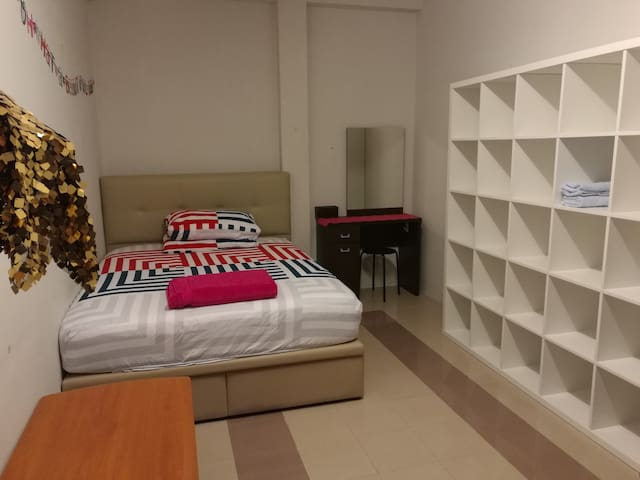 ***Spacious room very near  Orchard ! - Singapore - Huoneisto