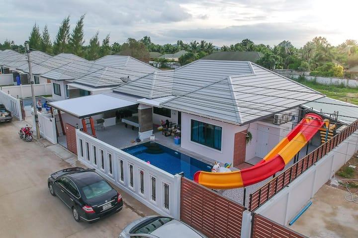 Happy Pool Villa1