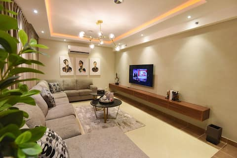 Luxury Apartment Apartment in Compound at Hittin
