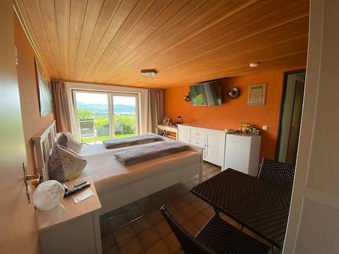 프라이빗 액세스 + 스위스 프란코니아의 욕실을 갖춘 객실