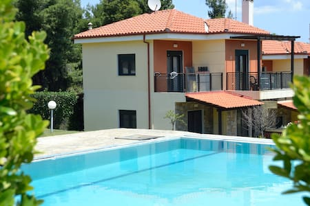 Villa with wonderful view to the sea and  forest - Paliouri - Rumah