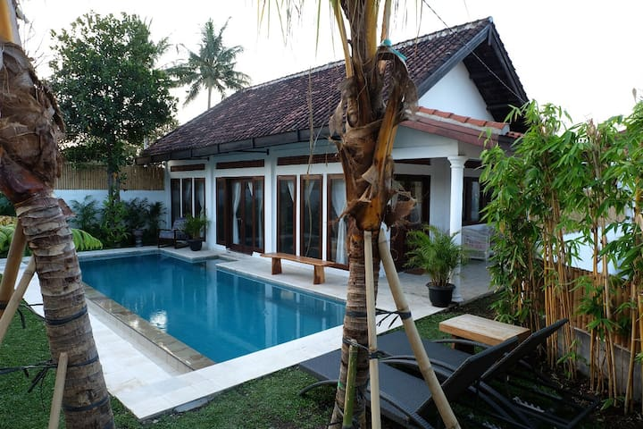 1BR spacious villa in kekeri Lombok w private pool