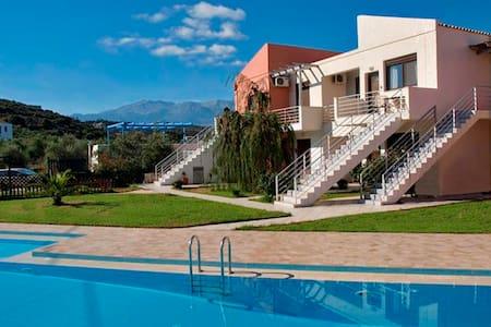 Petinas House - Almyrida - Appartement