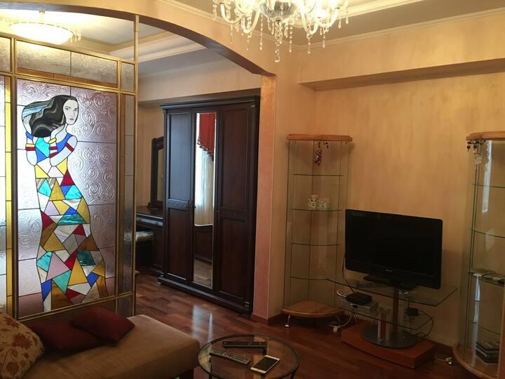 -25%Luxury Design-OneBdr near Alexeyevskaya metro!