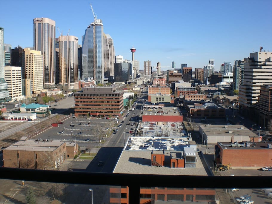 downtown Calgary views