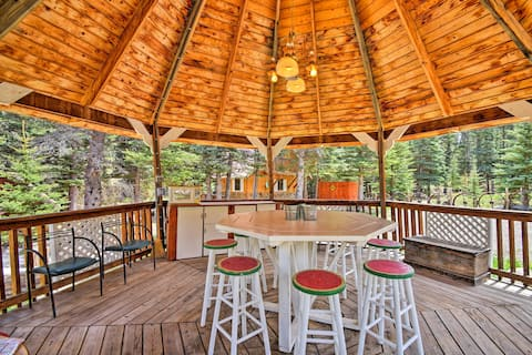 Cottage w/Gazebo & Deck on Red River - Near Ski!