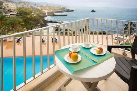 Apartment Blue Mar - breathtaking view & pool - Funchal - Wohnung