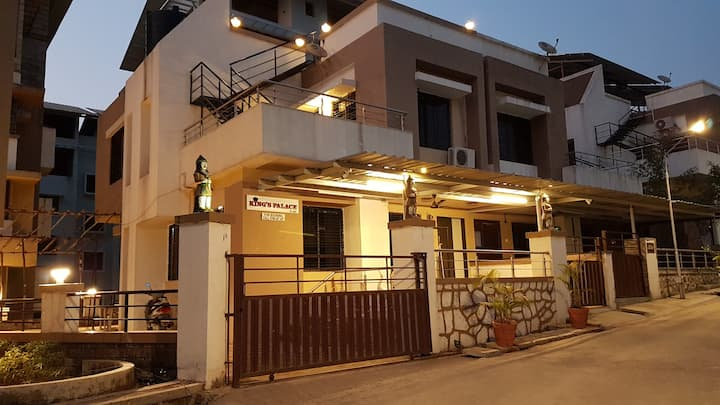 Igatpuri Kings Palace 1 (3BHK)(Ac, wifi & BathTub)