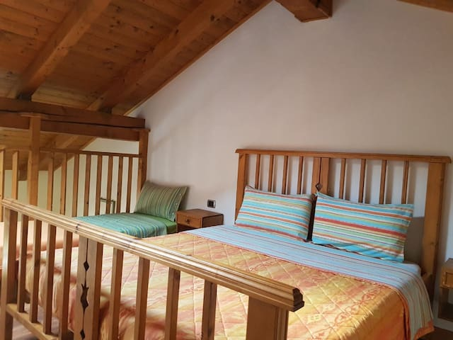 "Charming Apartment ""Appartamento Adamello 9"" with Mountain View & Wi-Fi; Parking Available, Pets Allowed"