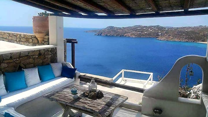 Mykonos studio with panoramic sea view