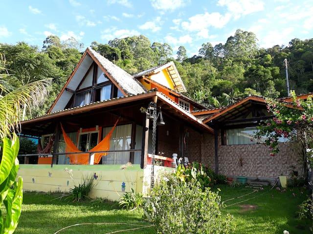 Casa Saíra-Villa Luminares(A partir de 04 pessoas)