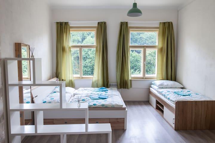 Very clean sleeping room