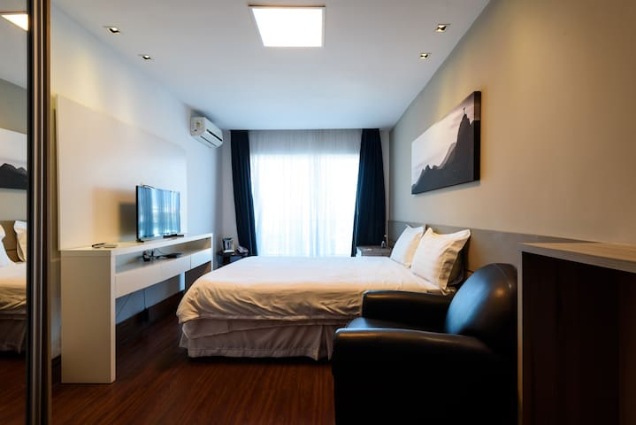 Suite room with king size bed