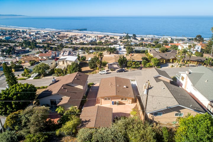 Pismo Beach Luxury Home  - Sweeping Views