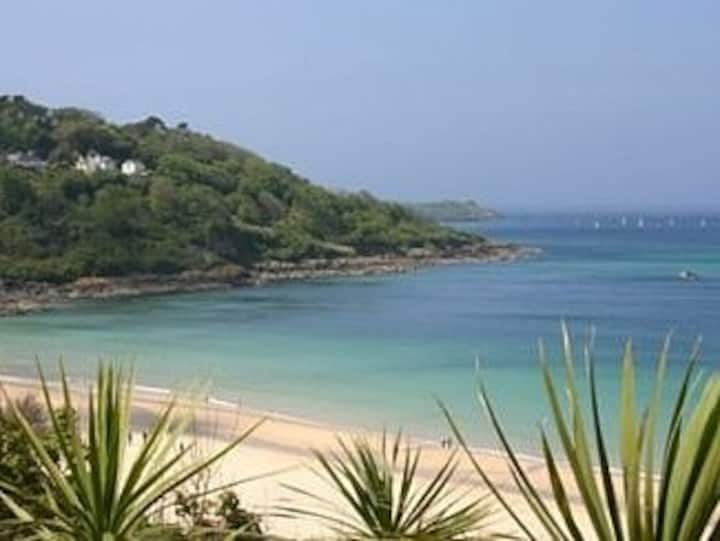 Luxury 5 Star Gold Rated Apartment in Carbis Bay