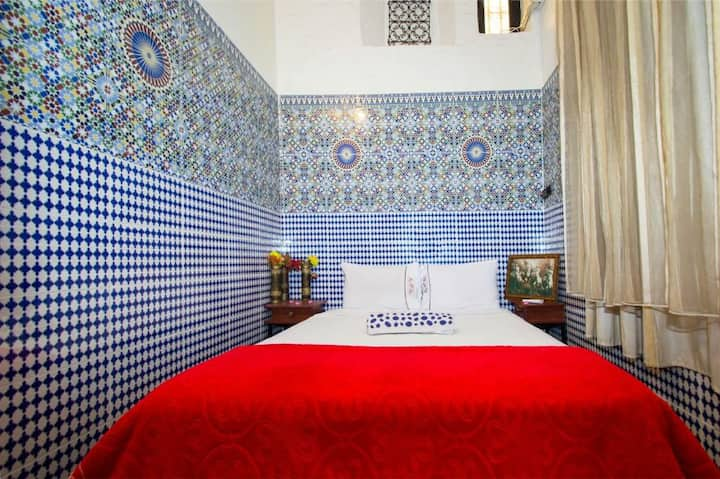Chambre rouge in the old city of fes