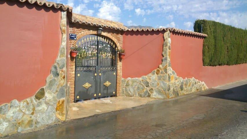 Casa rustica en Mijas Costa. Ideal para familias - Las Lagunas de Mijas - Dom